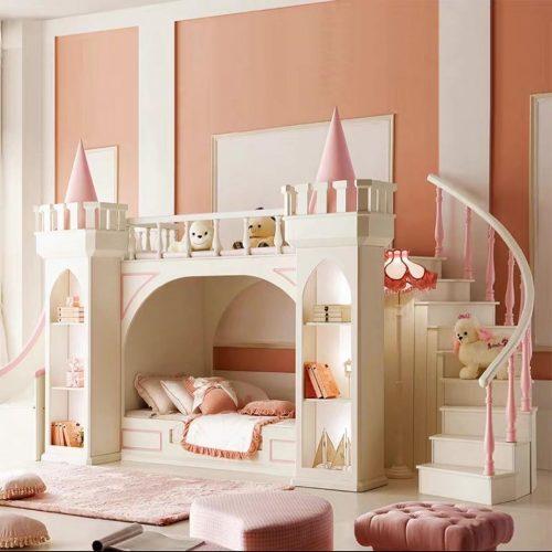 Кровать-замок