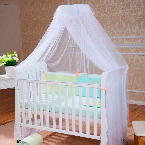 Балдахин на детской кроватке