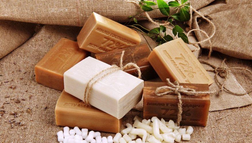 Хозяйственное мыло для чистки микроволновки