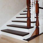 Отделка монолитной лестницы в загородном доме