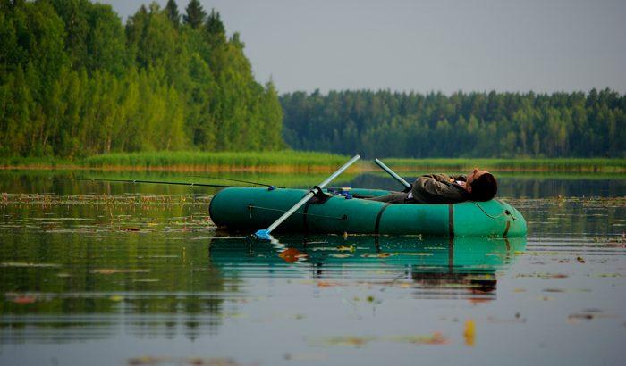 Как выбрать резиновую лодку для загородного отдыха