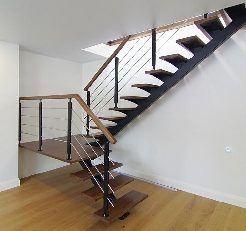 Где в заказать металлическую лестницу