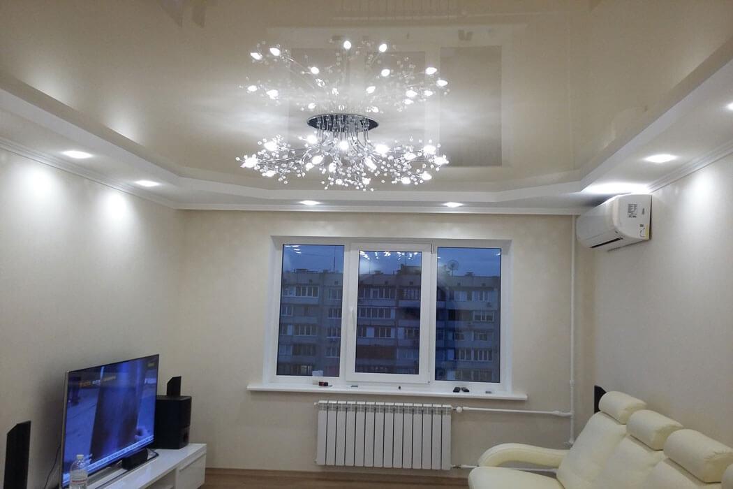 Натяжные потолки позволяют значительно сэкономить время ремонта